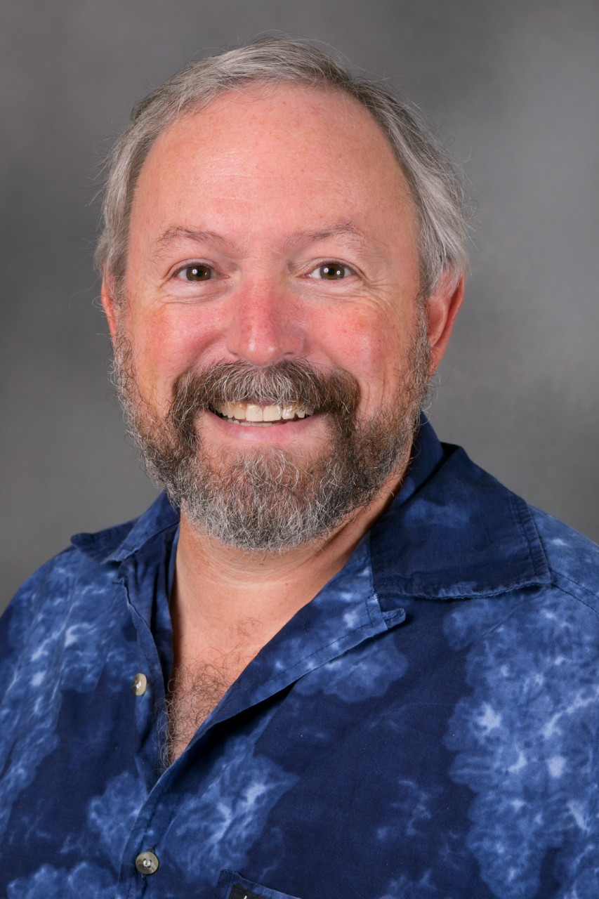 portrait of Steven Lab
